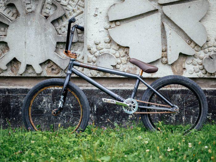 Nico Badet - Bike Check