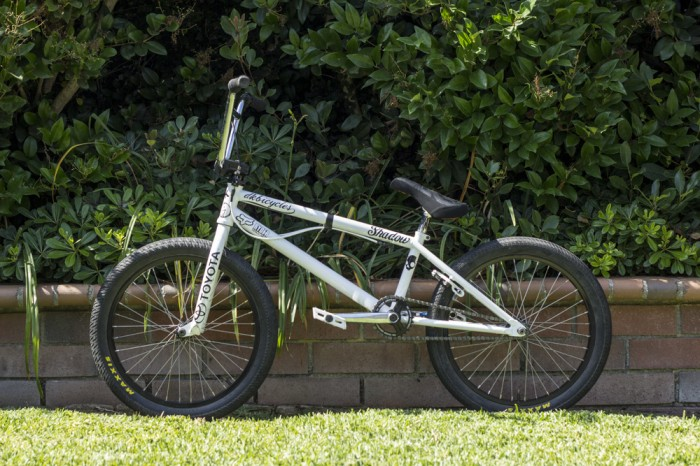 Drew Bezanson Bike Check