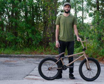 Johnny Devlin Bike Check