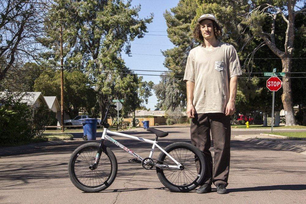 Simone Barraco – Bike Check