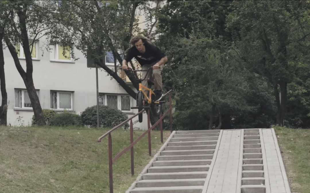 "DIG 'RAW' – Joris Coulomb ""Warsaw Rising"""